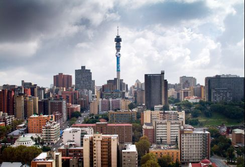 Telkom Shares Decline as Dividend Scrapped