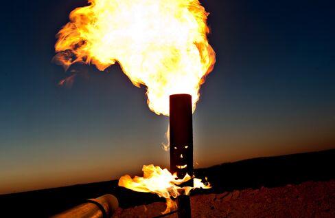 Saudis Oil-Rig Use Soar