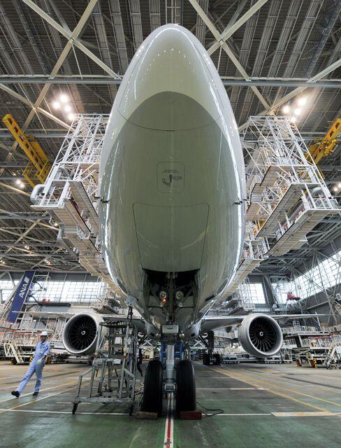 Emirates orders Boeing 777-300ER planes for $9.1 billion