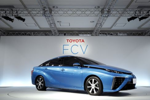 Toyota's fuel-cell vehicle
