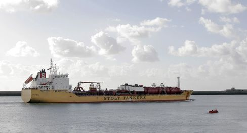 Fracking Boom Sends Chemical Tankers to Five-Year High