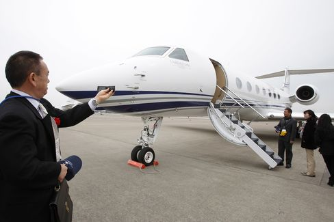 Millionaires Buying Private Planes Boost Demand
