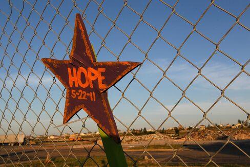Joplin Rebuilding From Tornado Saves 50% on Schools