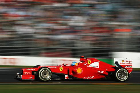CVC Said to Hire Goldman to Explore IPO of Formula One