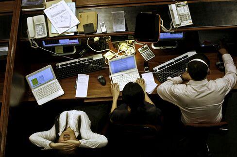 Philippine Stocks to Overtake Economy This Year