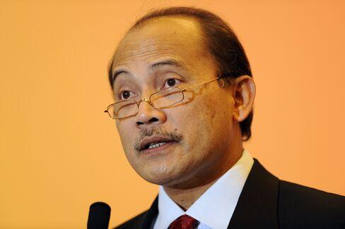 Bank Indonesia Deputy Governor Budi Mulya