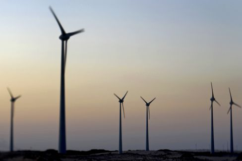 Wind Energy Makers Thrown by Local Supply Rule