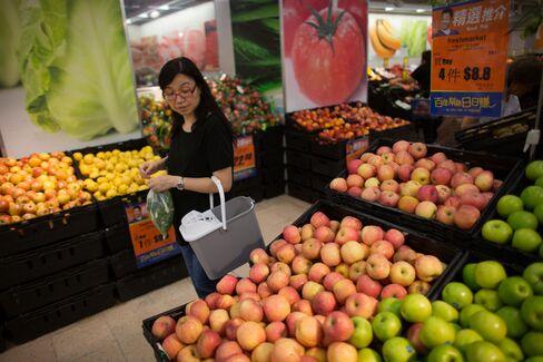 China Resources May Join Tesco to Bid for Li Ka-Shing's Grocer