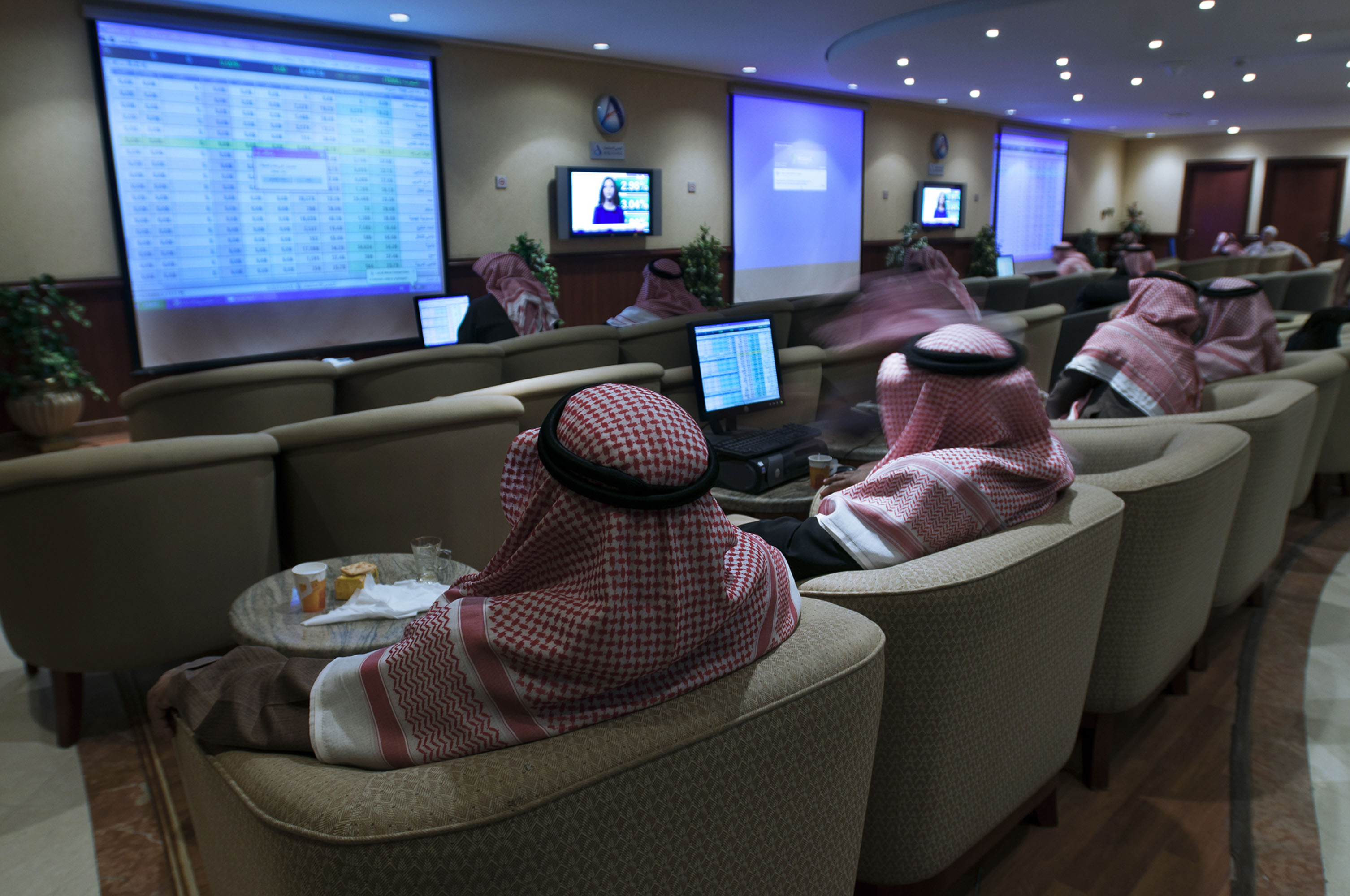 Energy Nations Better Watch Out as Saudis Open Stock Market