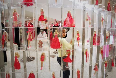 Mattel Underpays, Overworks Some China Workers, Labor Group Says