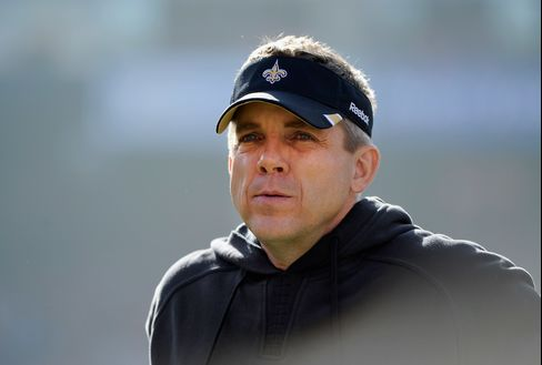 Suspended Payton Gets NFL Pass to Attend Saints' Game for Brees