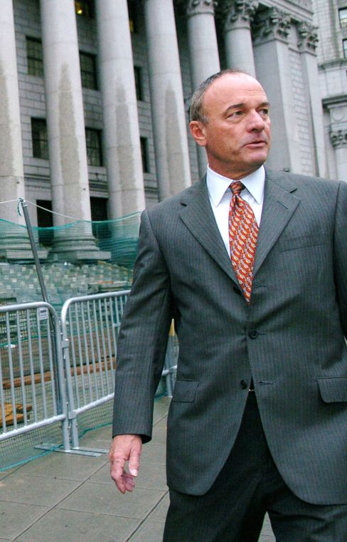 S&P Lawyer John Keker Brings Slash and Smash Tactics to Defense