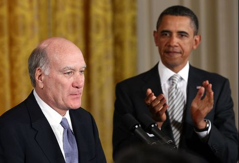 Obamas Choice of Daley Puts Focus on Economy