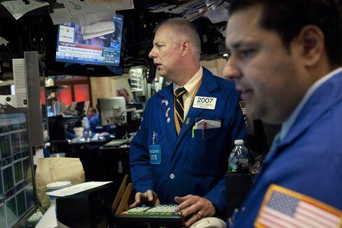 Stocks Advance on Quarterly Reports