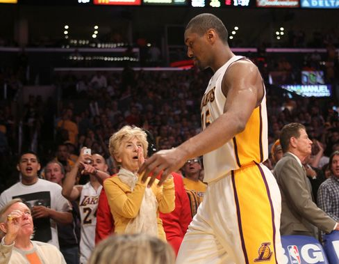 Los Angeles Lakers' Metta World Peace