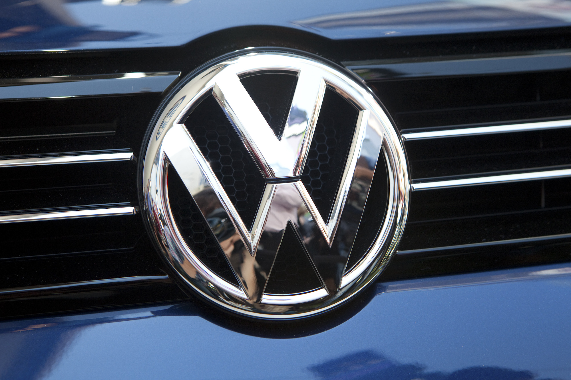 Volkswagen plans 'significantly' higher operating profit