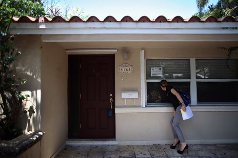 Miami Leads U.S. Foreclosures as Banks Ride Rebound