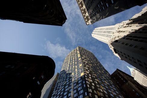 Landlord Gains Slow as U.S. Renters Turn Homebuyers