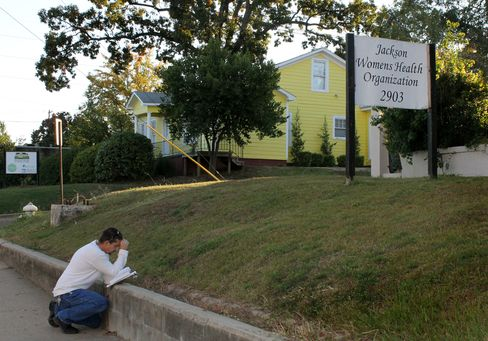 Toughest U.S. Abortion Law Nears Passage in Mississippi Vote