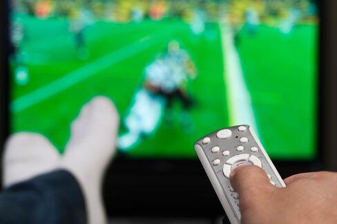 LG, Philips Put Magine's Cloud Service in European Smart TVs