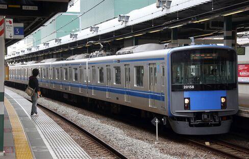 Cerberus Failure to Win Seibu Seats Shows Japan Investing Hurdle