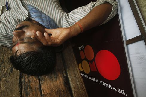 Tata Tele Whets Appetites as India's Phone Rules Near