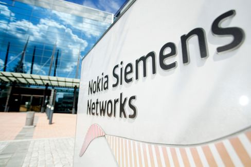 Nokia Buys Out Siemens in Equipment Venture for $2.2 Billion