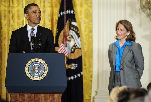 President Barack Obama & Budget Director Sylvia Mathews Burwell