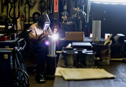 ISM Index of U.S. Manufacturing Rose to 49.8 in July
