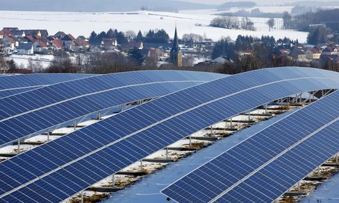 Solar Doubling, Gas Glut Drive Down German Power Prices