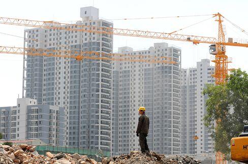 Property Flops Seen as $33 Billion in Trusts Due