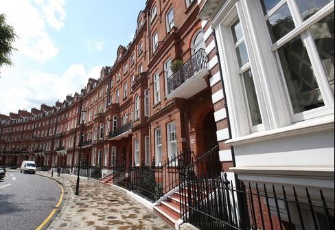 London Luxury-Home Values to Rise 6% in 2013, Knight Frank Says