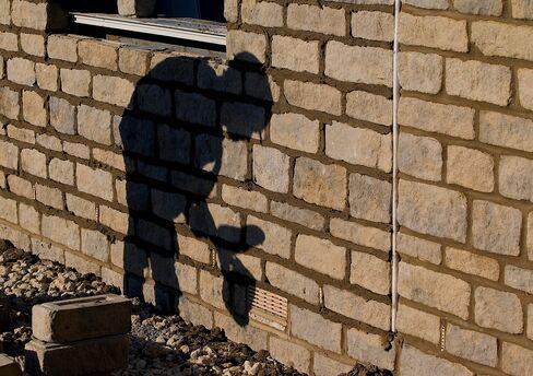 Cameron's U.K. Homebuilder Plan Fails to Impress Investors