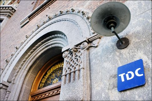 Denmark's TDC Said to Attract Orders for All Shares in Offer