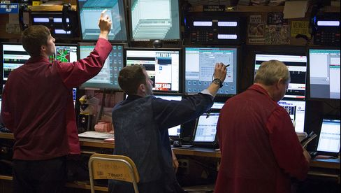 S&P 500 Rises Most in One Month on Industrial Output, Earnings