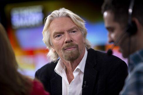 Branson Joins Buffett in Billionaires Charitable Gift Pledge