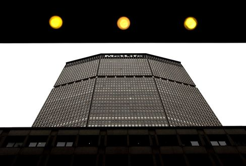 Wall Street Cut Out of Top Commercial Properties