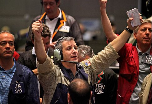 Stocks Advance, Commodities Snap Three-Day Slump as Oil Rall