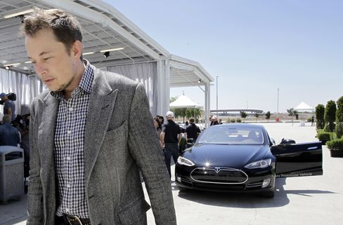 Tesla Claims of 'Fake' Model S Review Rebuffed by New York Times