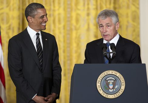 Hagel 'Superbly Qualified' to Head Defense, Colin Powell Says