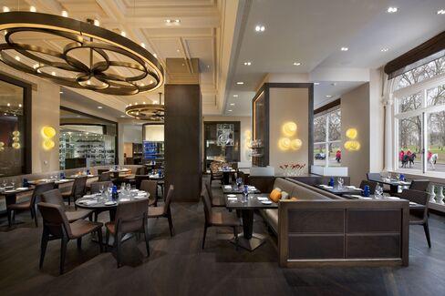 The interior of Dinner by Heston Blumenthal, designed by Adam Tihany. Source: Ann Scott Associates via Bloomberg