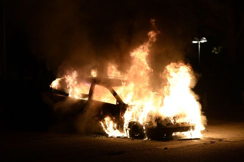 Firemen Attacked as Stockholm Riots Continue for Fourth Night