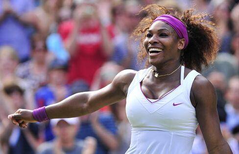 Williams Beats Azarenka to Reach Wimbledon Women's Final