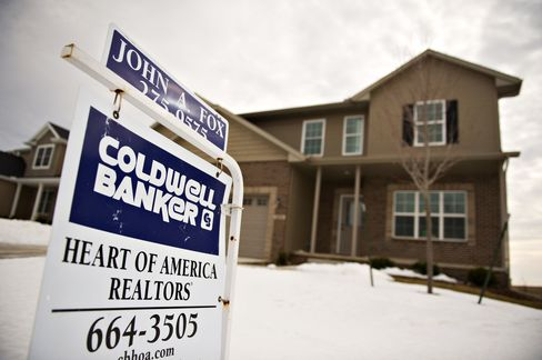 U.S. New-Home Sales Fell in February to Record-Low 250,000