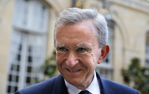 Billionaire Arnault's Belgian Kerfuffle Boosts Hollande Tax Plan