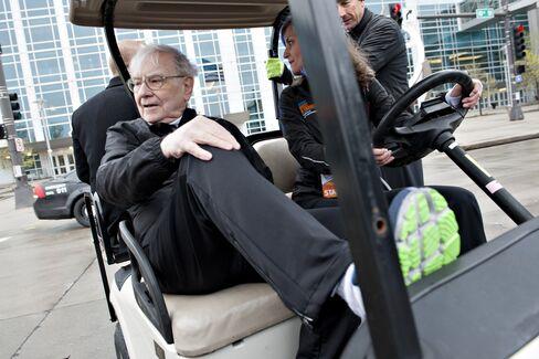 Berkshire Profit Slips 3.8% on Insurance, Buffett's Derivatives