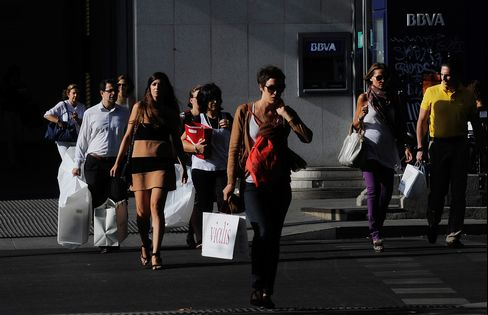 Spain Scraps Siesta as Stores Stay Open to Spur Spending