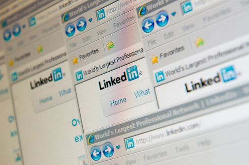 LinkedIn Sales Exceed Analysts' Estimates as Subscriptions Jump