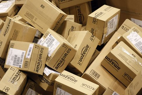 Amazon Posts Surprise Loss After Spending on Warehouses, Content