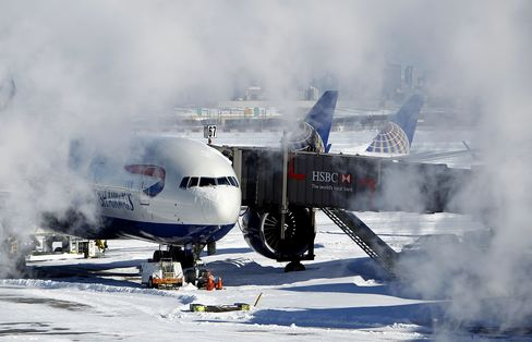 New York Travelers Face Delays as Winds Hinder Snow Clear-Up